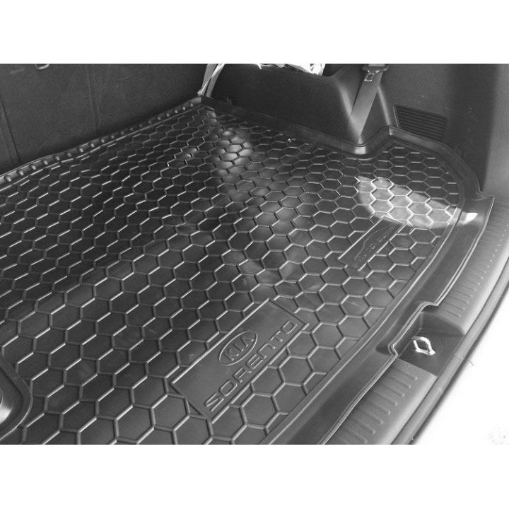 Коврик в багажник для Kia Sorento '15- (7 мест), полиуретановый (AVTO-Gumm)