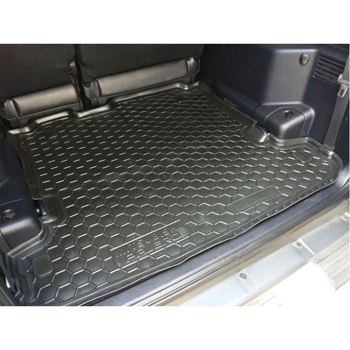 Коврик в багажник для Mitsubishi Pajero Wagon lll-lV  (7 мест), полиуретановый (AVTO-Gumm)