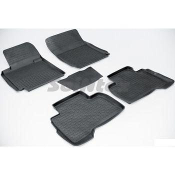 Коврики в салон для Suzuki Grand Vitara '06- резиновые, черные (Seintex)